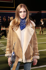 Chiara Ferragni styled her outfit with a blue paisley scarf for the Tommy Hilfiger Fall 2015 show.