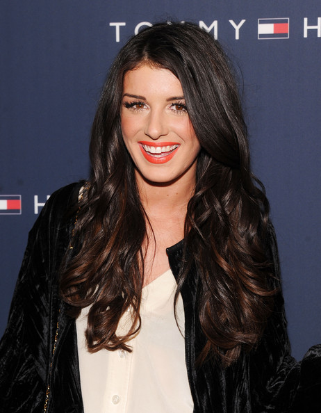 Shenae Grimes wore her hair in messy waves at the Tommy Hilfiger fall 2012 fashion show.