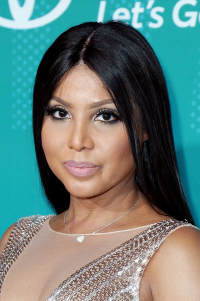 Toni Braxton Long Straight Cut [hair,face,hairstyle,eyebrow,black hair,skin,chin,beauty,forehead,eyelash,carpet,arrivals,toni braxton,bet presents: 2017 soul train awards,las vegas,nevada,orleans arena,bet]