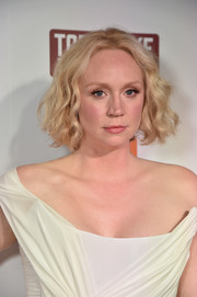 Gwendoline Christie stuck to her signature curled-out bob when she attended the premiere of 'Top of the Lake: China Girl.'