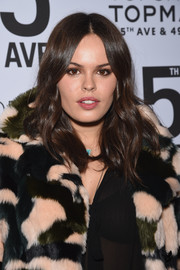 Atlanta de Cadenet stuck to her trademark boho center-parted waves when she attended the Topman New York City flagship opening dinner.