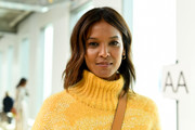Liya Kebede attended the Tory Burch Fall 2019 show wearing her hair in a shoulder-length layered cut.