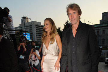 "Michael Bay Rosie Huntington-Whiteley ""Transformers: Dark of the Moon"" Stage Greeting"