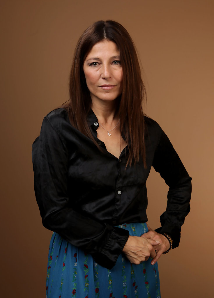 Catherine Keener S Short Layers Haute Hairstyles For