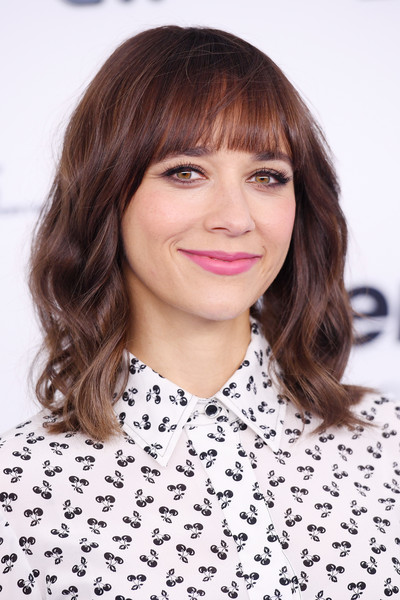 Rashida Jones' Soft Texture