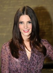 Ashley Greene kept her look simple and left her long tresses straight and shiny during 'The Twilight Saga: Breaking Dawn: Part 1' concert tour.