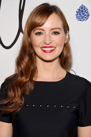 Ahna O'Reilly looked oh-so-sweet with her long waves and side-swept bangs at the Tyler Ellis 5th anniversary celebration.