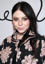 Michelle Trachtenberg opted for a casual center-parted style when she attended the Tyler Ellis 5th anniversary celebration.
