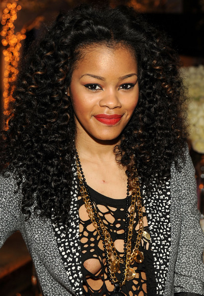 Teyana Taylor rocked radiant red lipstick at the Annual Rise Above Celebration.