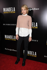 Jessica Stam kept it casual on the red carpet in black skinny jeans.