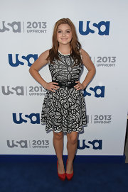 Ariel Winter chose this black-and-white lace frock for a fun and flirty look.
