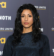 Reshma Shetty sported a rocker-chic vibe with this long curly 'do.