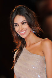 Madalina Ghenea matched her fab outfit with an equally gorgeous pair of hoop earrings at the Venice Film Fest.