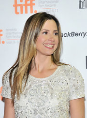 Mira Sorvino wore her hair in a simple straight layered cut at the Toronto International Film Festival.