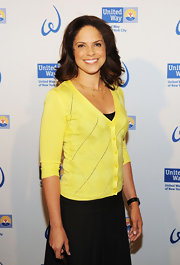 Soledad O'Brien looked sweet in this yellow cardigan for the Women's Leadership Council event.