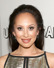 Cheryl Burke kept it casual with this straight, partless 'do at the Universal Golden Globes after-party.