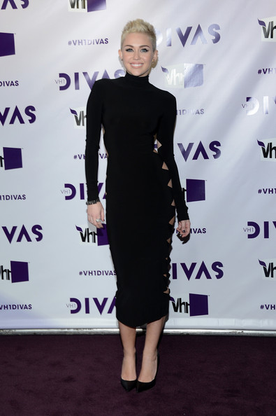 Miley Cyrus at VH1 Divas 2012