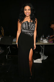 Jordin was snapped backstage before performing at VH1 Divas in this black and silver bejeweled dress.