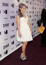 Kelly Osbourne wore a pair of zebra-print platform heels to VH1 Divas 2012.