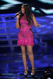 Jennifer Hudson sizzled on stage in a flirty mini dress an standout Mary Jane style keyhole pumps.