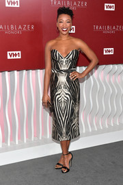 Samira Wiley looked tres chic in a zebra-patterned strapless dress at the VH1 Trailblazer Honors.
