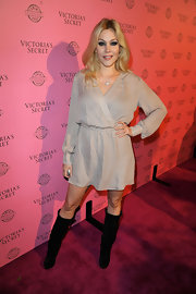 Shanna Moakler wore a casual wrap-dress to a Victoria's Secret event in LA.