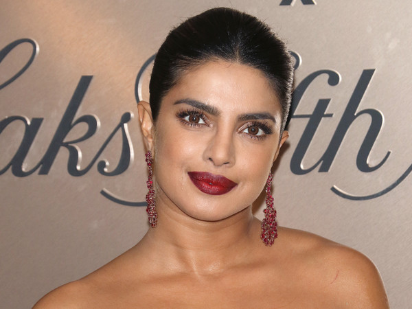 More Pics of Priyanka Chopra-Jonas Gemstone Chandelier Earrings (5 of 6) - Chandelier Earrings Lookbook - StyleBistro [hair,face,lip,eyebrow,skin,beauty,hairstyle,forehead,chin,nose,priyanka chopra jonas,list,new york city,lavenue,vanity fair]