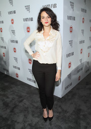 Jenny Slate chose a pair of tapered black slacks to complete her look.