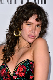 Paz de la Huerta wore her locks in mussed-up curls during the Vanity Fair Campaign Hollywood kickoff.