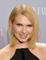 Claudia Lee looked fab at the Young Hollywood celebration with her sleek mid-length bob.