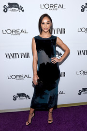 Cara Santana completed her outfit with simple slim-strap heels.