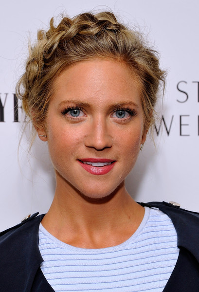 Brittany Snow went for boho cuteness with this crown braid at the Vanity Fair and Stuart Weitzman luncheon.