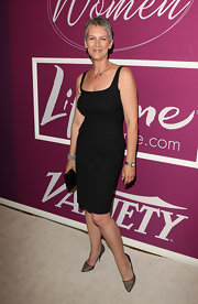 Jamie Lee Curtis sported this classic little black dress with ease and style.
