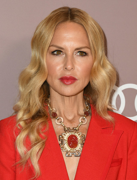 Rachel Zoe looked boho-glam with her long, center-parted waves at the 2019 Variety Power of Women: Los Angeles.