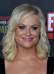 Amy Poehler dazzled with a bright candy pink lipstick at the 2nd Annual 'Variety' Power of Comedy event.
