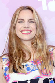 Anna Chlumsky sported a casual wavy hairstyle when she attended Variety's brunch for awards nominees.