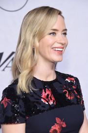 Emily Blunt kept it simple yet sweet with this wavy 'do at Variety's Power of Women: New York.