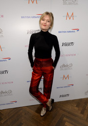 Sophie Kennedy Clark looked mildly retro in her print pants and turtleneck sweater during her visit to the Variety Studio.