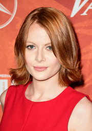 Emily Beecham framed her face with a short hairstyle with wavy ends for the Variety and Women in Film pre-Emmy celebration.