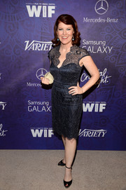 Kate Flannery chose a pair of black ankle-strap peep-toes to finish off her look.