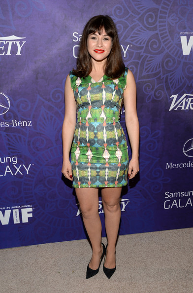 Yael Stone's printed mini at the Variety and Women in Film Emmy nominee celebration had a fun retro feel.