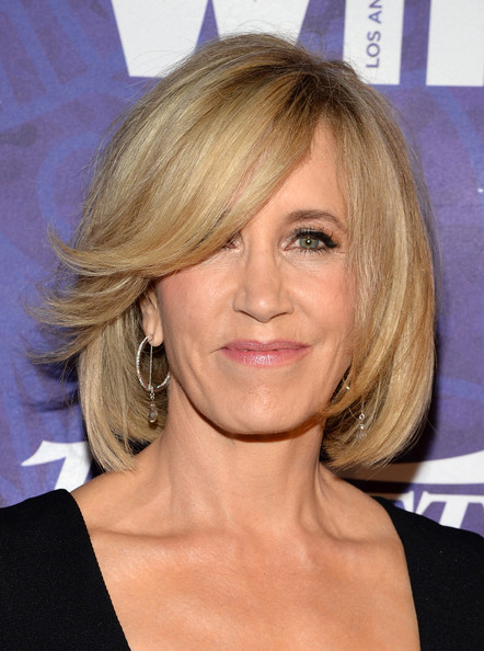 Felicity Huffman S Swept Bangs Medium Length Hairstyles For