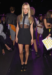 Chloe Sevigny paired her top with a pleated black mini skirt, also by Vera Wang.