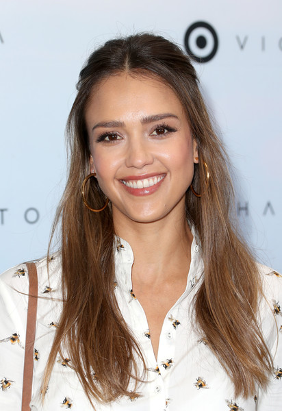 More Pics of Jessica Alba Skinny Jeans (1 of 6) - Jeans Lookbook - StyleBistro [hair,hairstyle,eyebrow,beauty,long hair,brown hair,chin,lip,layered hair,blond,victoria beckham,jessica alba,los angeles,california,target,launch event,target launch event]