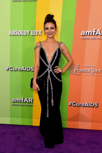 Victoria Justice Velvet Clutch [dress,red carpet,clothing,carpet,yellow,shoulder,flooring,fashion,neck,cocktail dress,arrivals,victoria justice,los angeles,california,amfar,milk studios,amfar gala]