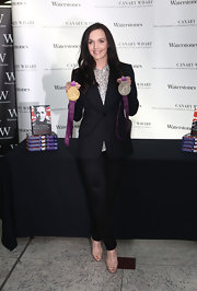 Victoria Pendleton was low-key but sharp in her black pantsuit and print button-down.
