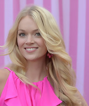 Lindsay Ellingson wore her light locks in wavy windswept layers while attending the Victoria's Secret What Is Sexy? party.