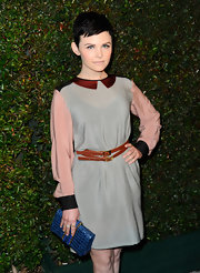 Ginnifer Goodwin added some oomph to her look with this blue alligator clutch.