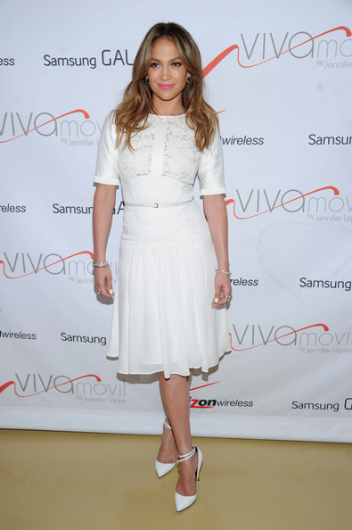 More Pics of Jennifer Lopez Day Dress (1 of 5) - Jennifer Lopez Lookbook - StyleBistro