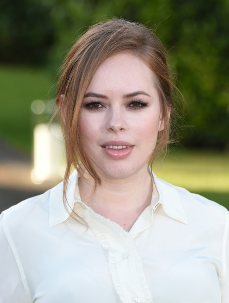 More Pics of Tanya Burr Button Down Shirt (1 of 6) - Tops Lookbook - StyleBistro [hair,face,white,lip,eyebrow,beauty,hairstyle,skin,blond,chin,arrivals,ralph lauren,ralph lauren wimbledon,tanya burr,vogue,wimbledon,london,england,party,the orangery]